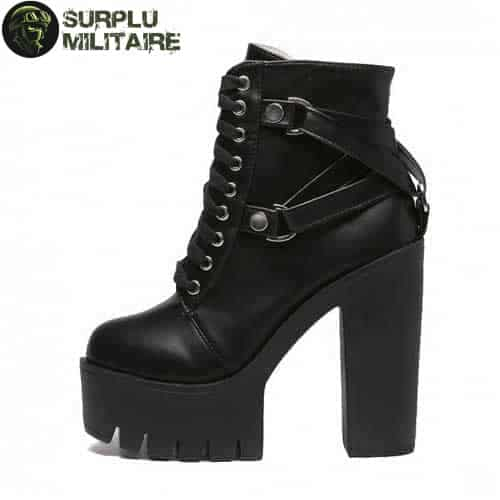 chaussures militaires martial boots 42 a vendre